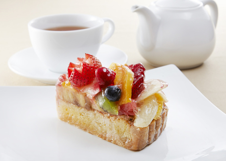 アート性の高いケーキが魅力の『カフェコムサ』で、ホール・キッチンスタッフとして活躍してみませんか?